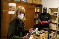 Visita a Biblioteca María Stagnero de Munar