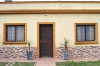 Viviendas Cruz de Carrasco, Jardines de Carrasco y Portones