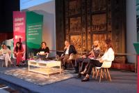 """Conferencia y Cierre;Cambios profundos en grandes ciudades"""""""