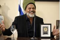 Declaración de Visitante Ilustre a Carlinhos Brown