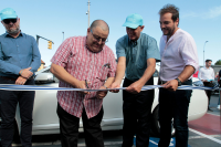 Inauguración de nuevos cargadores para autos eléctricos